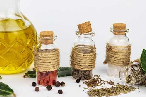 5 huiles essentielles pour détoxifier le système digestif